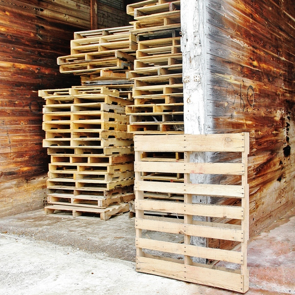 A Stack Of Wood Pallet Ideas