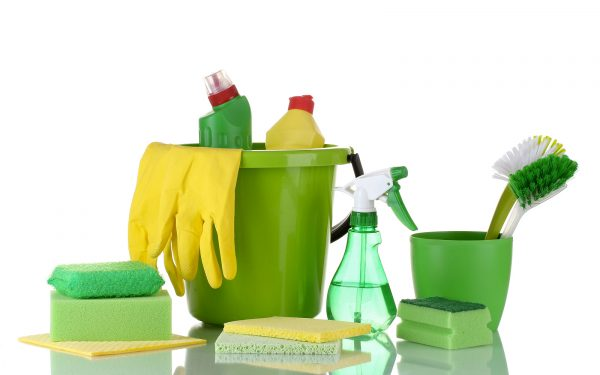 nyc-apartment-moving-tip-green-cleaning-supplies - MakeSpace® Blog