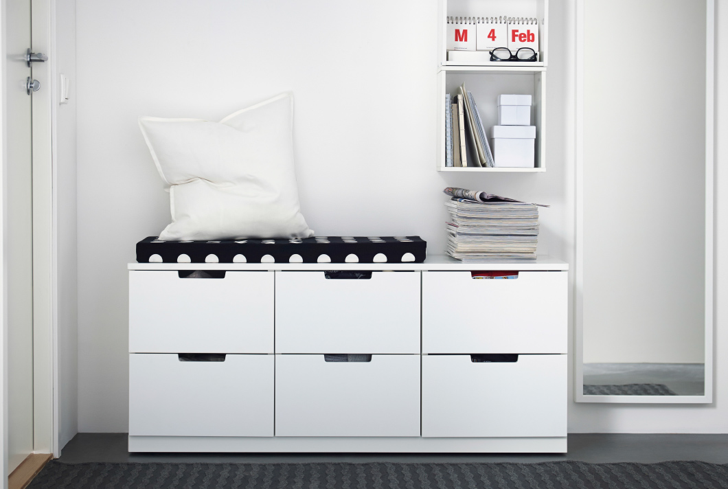 These 7 ikea hacks will upgrade your entire apartment for Banco recibidor ikea
