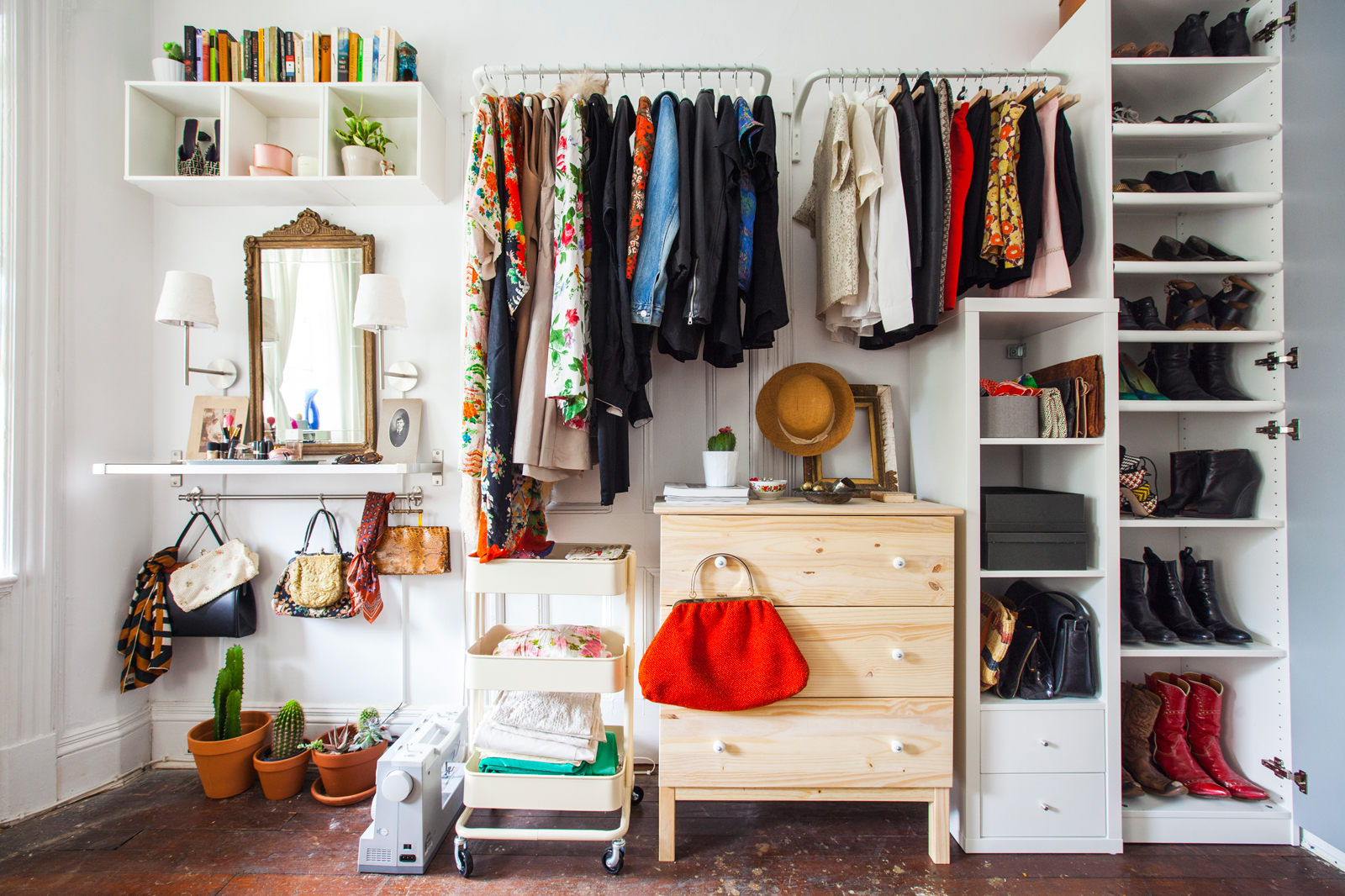 No closets no problem here 39 s how to live without them - Room with no closet ...