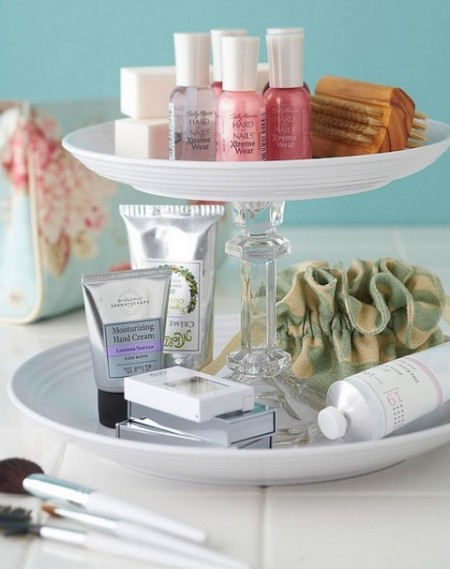 bathroom storage hacks that'll help you get ready faster, Bathroom decor