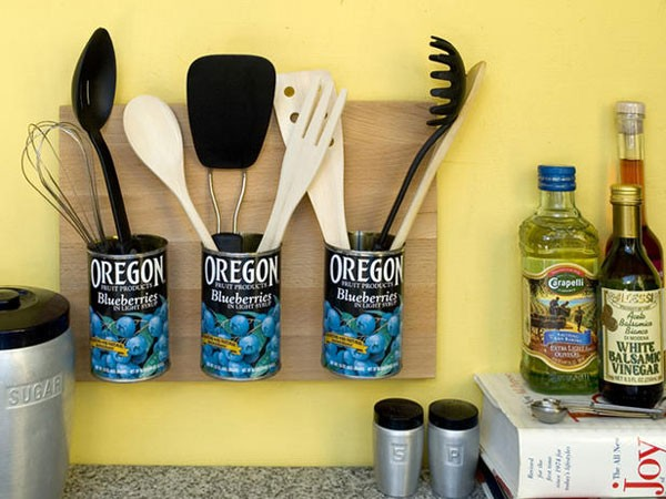 cool kitchen storage hack: oregon blueberries tin can cooking utensil holder floating shelf