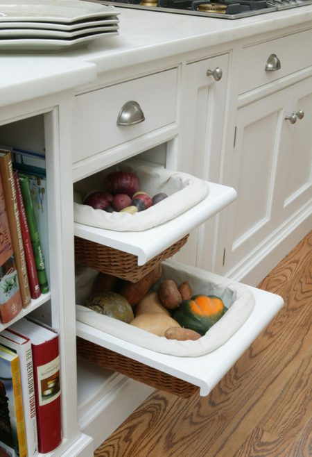 kitchen cabinet hack: pull-out vegetable storage drawers