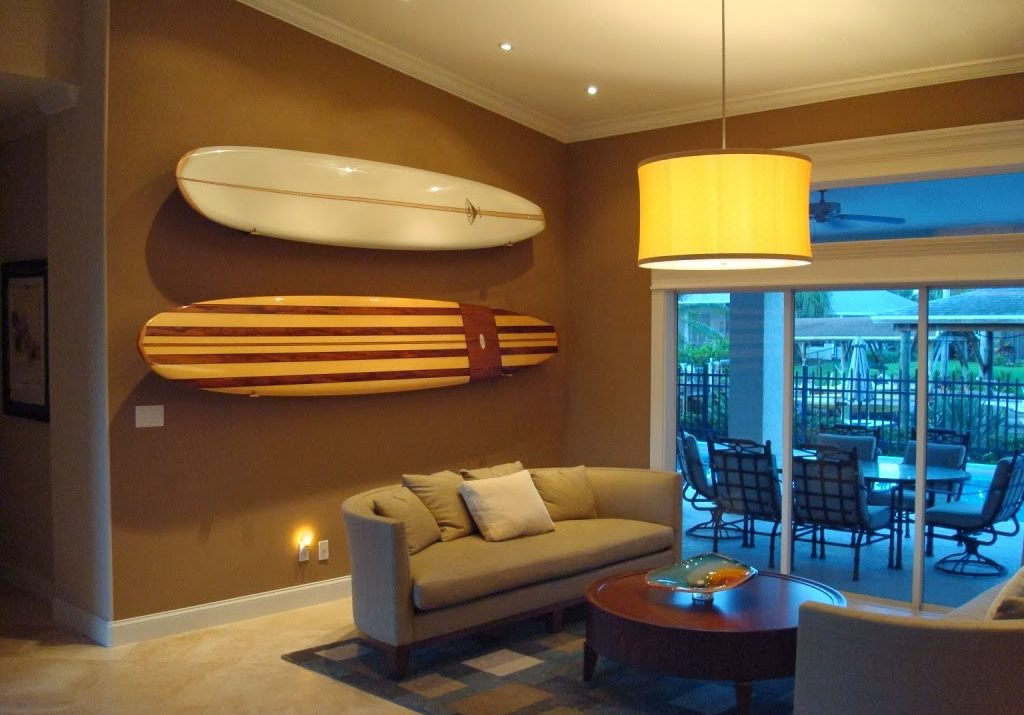 How to store surfboards, paddle boards, and beach cruisers at home or in MakeSpace full-service storage in NYC, NJ, DC, Chicago, and Los Angeles
