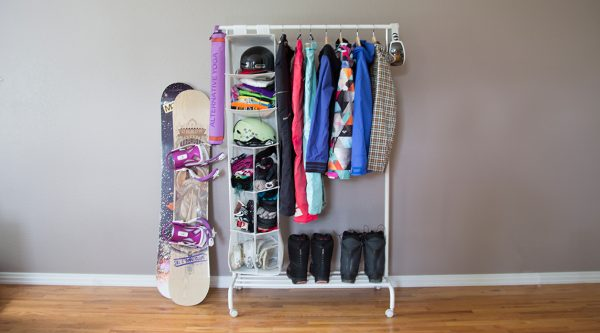 diy snowboarding gear and snowboard storage rack