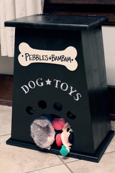 dog toy box by collegeviewcrafts
