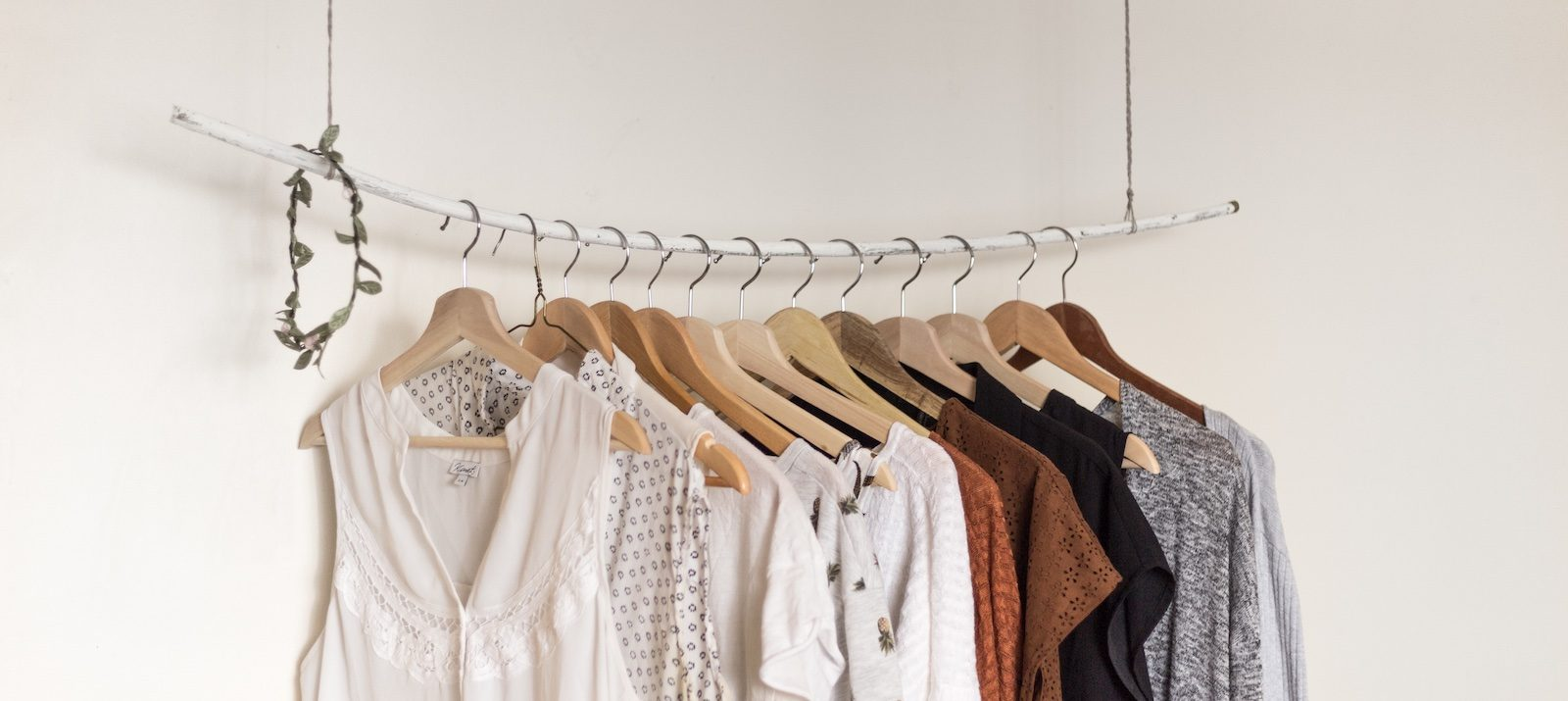 18231ca925d17 How To Easily Organize Everything In Your Closet (For Cheap)