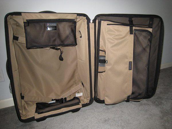 victorinox garment bag