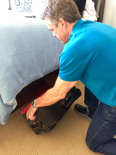 store luggage under bed