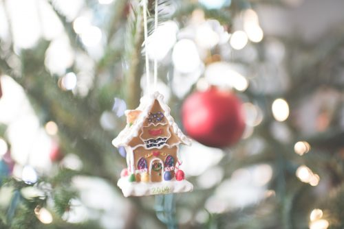 small gingerbread house ornament