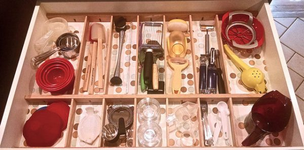diy kitchen utsensil drawer organizer