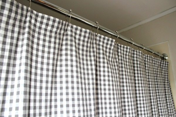 checkered-shower-curtain-creekline-house