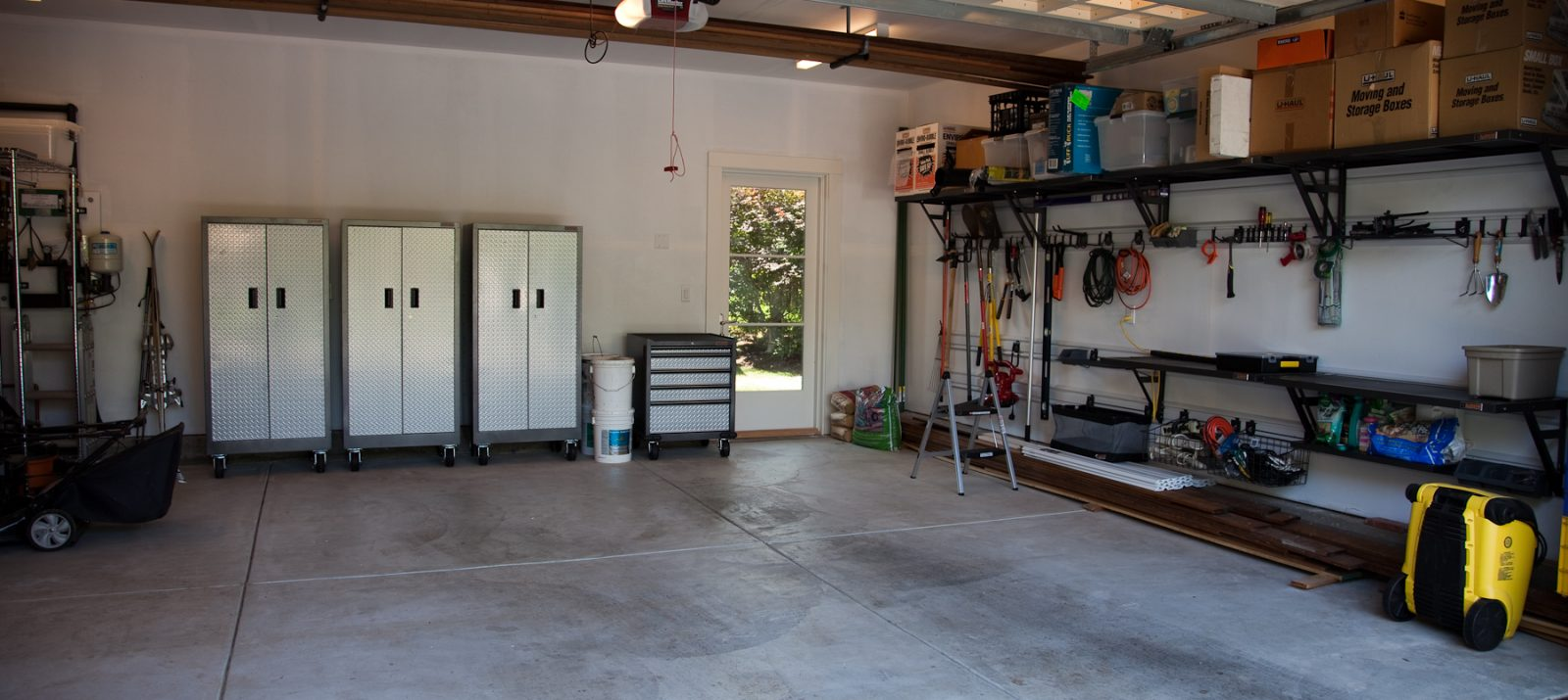 clean and organized garage - Organize Garage
