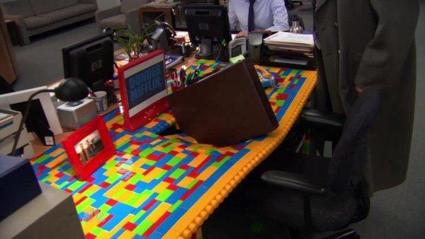 the office duplo brick desk