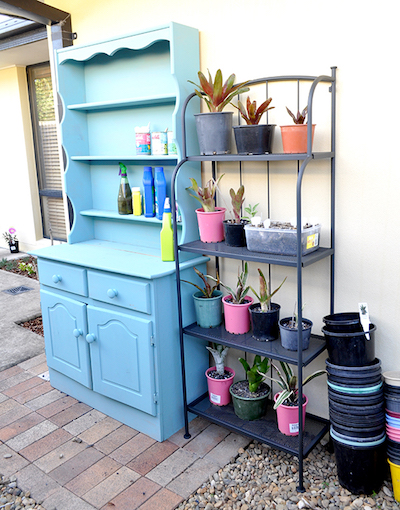 DIY cabinet potting station