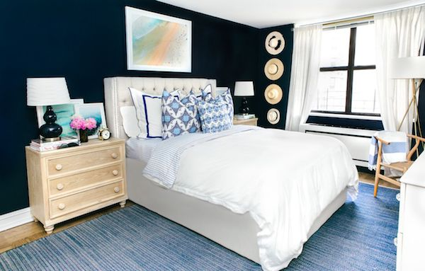 blue bedroom walls rug
