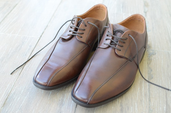 brown business casual leather shoes